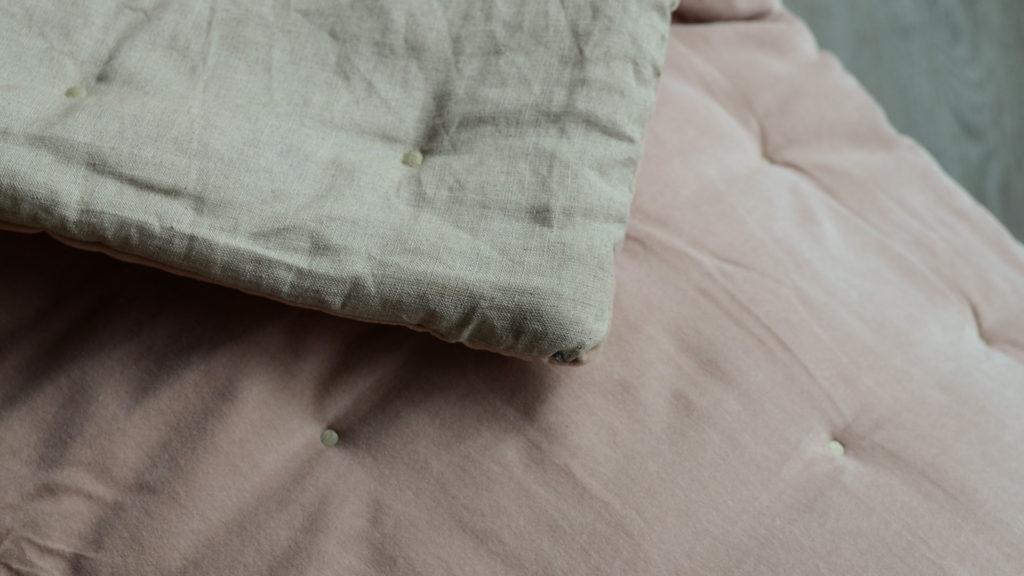 velvet-quilt-blush-pink