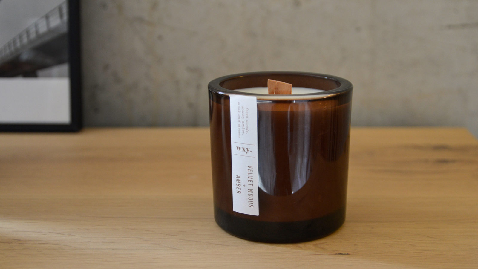 wood wick candles - scented candles - velvet woods and amber