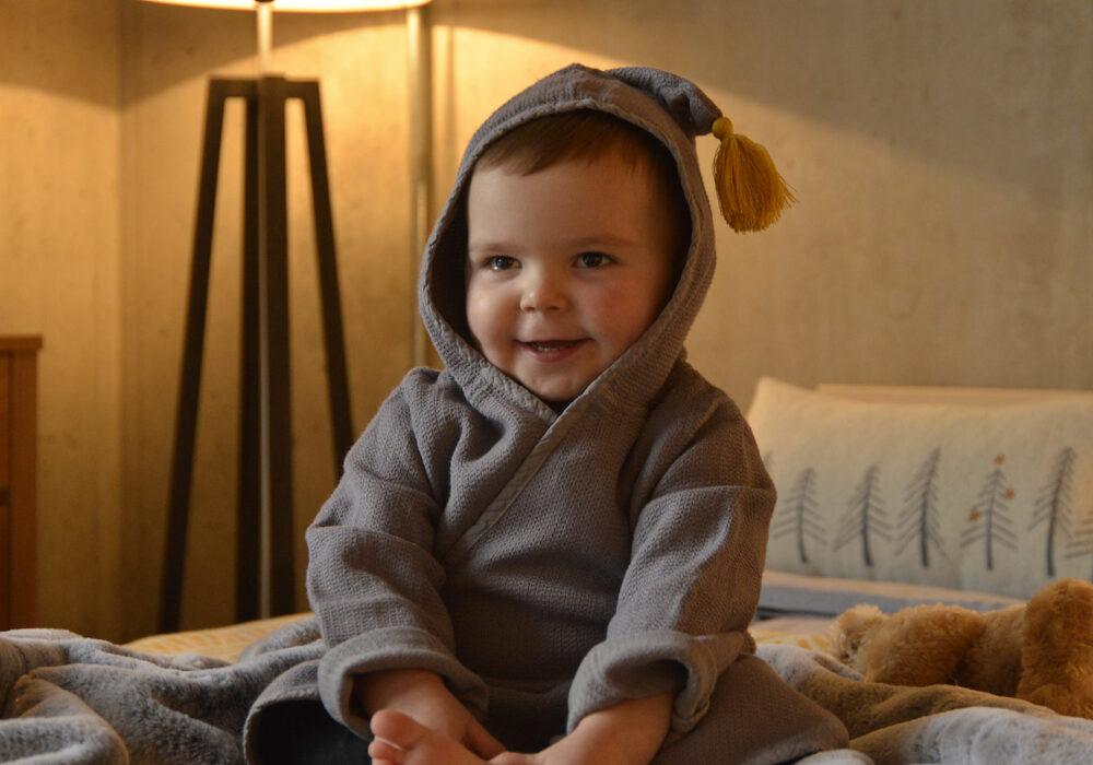 vinnie-in-grey-hooded-robe