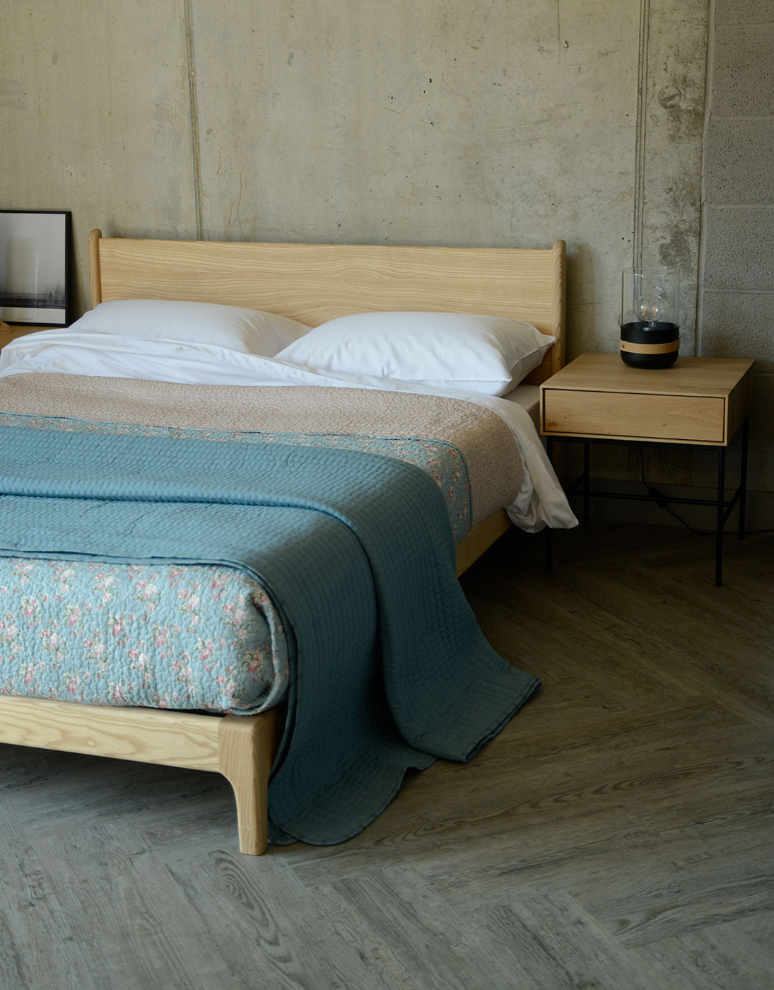 ash Carnaby bed with classic blue bedding