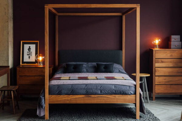 walnut-highland-with-studio-cotton-bedding