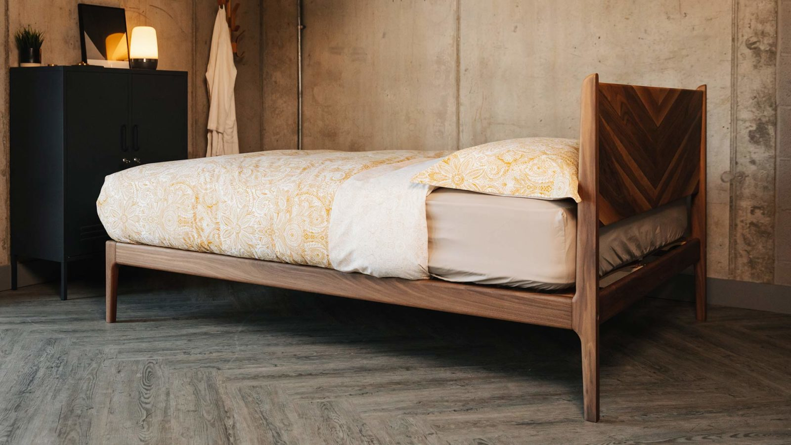 view showing the reverse of the chevron patterned hand crafted Hoxton bed headboard