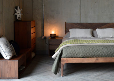 walnut-hoxton-with-cube-furniture