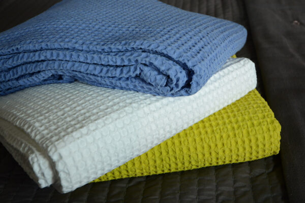web-Also-Home-cotton-waffle-throws-4