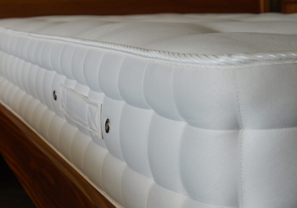 weldbank-luxury-sprung-mattress-side