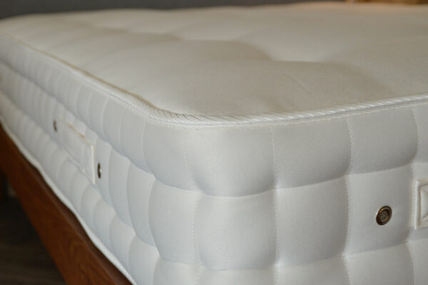 westgate-chemical free mattress-2000-springs