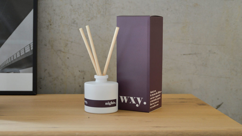 white-glass-room-scents-diffuser-Nights