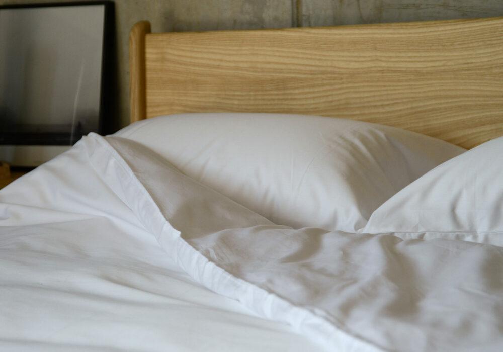 soft white cotton bedding