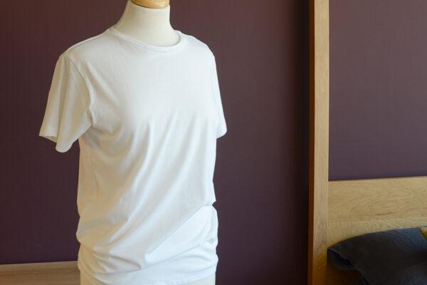 white-soft-cotton-T-shirt