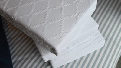 white-textured-duvet-sets-stack