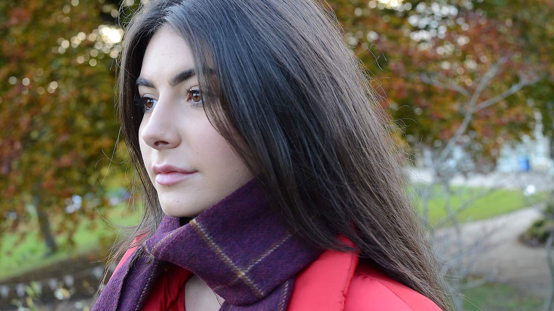 windowpane-scarf-burgundy