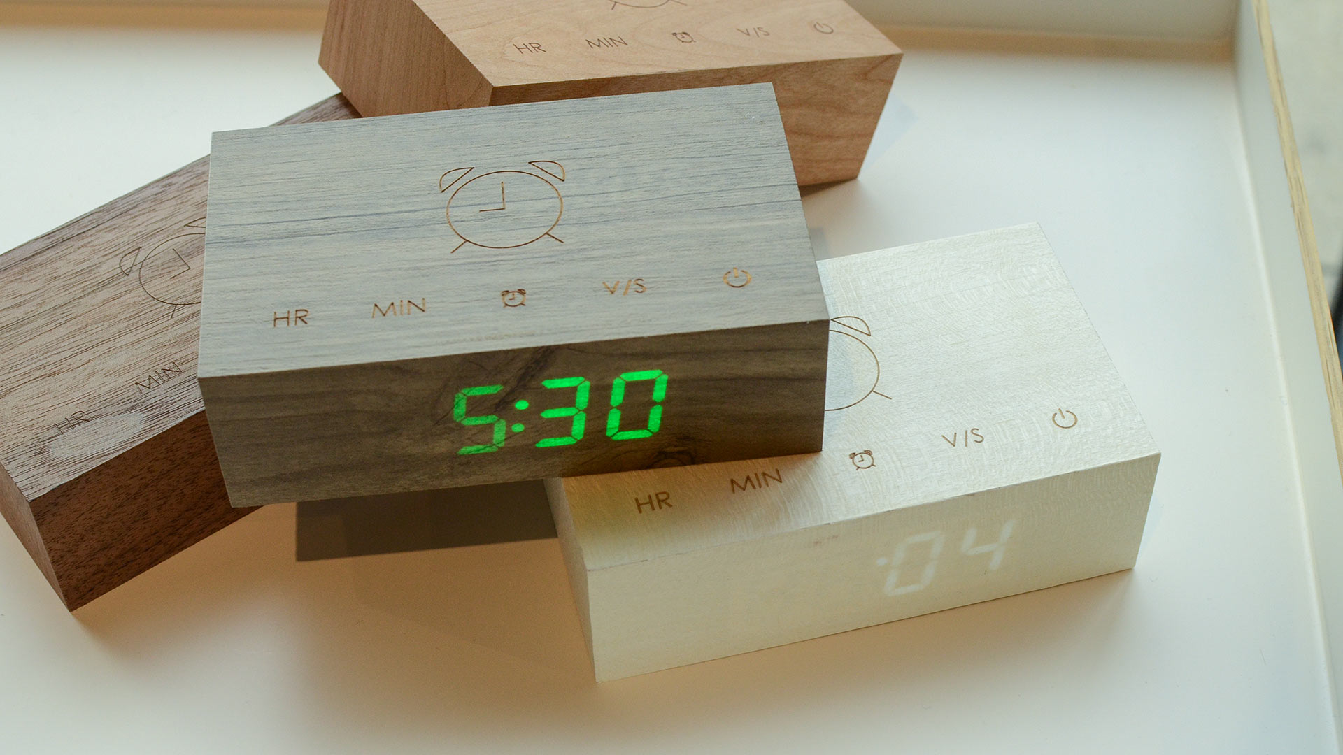 wooden-alarm-clocks