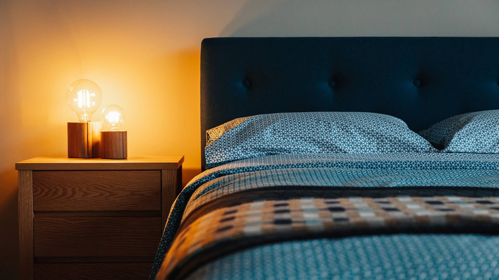 Picture of: Wooden Bedside Lamp Holders Lighting Natural Bed Company