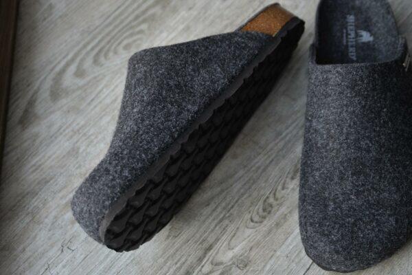 wool-slipper-with-EVA-sole