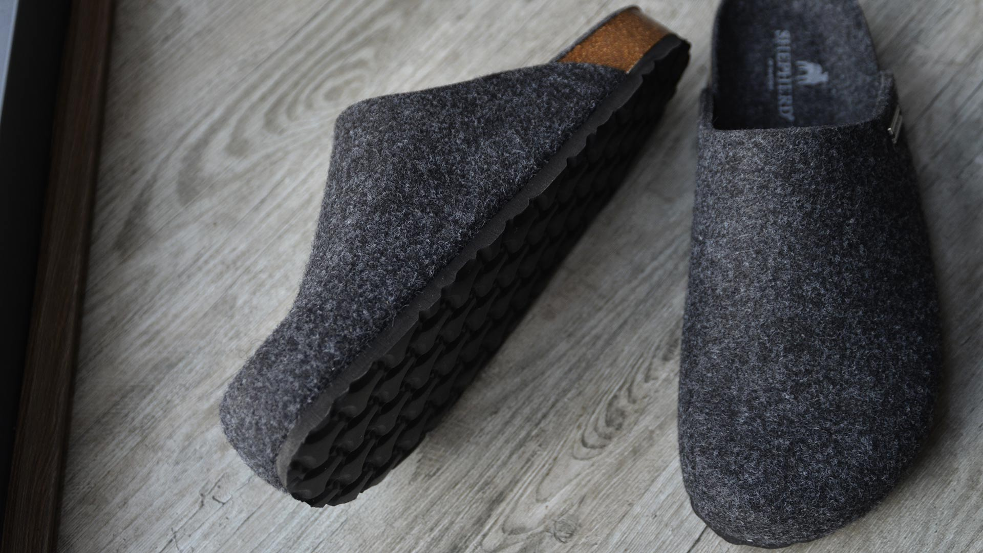 43441e2ad038 Wool Slippers with EVA Sole